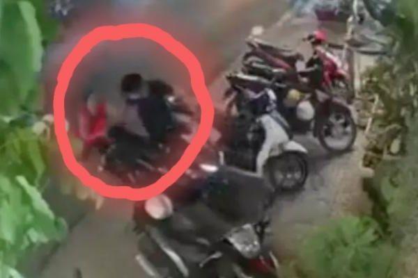 Tên trộm xe máy nhận cái kết 'sấp mặt' trước pha phản ứng cực gắt của người phụ nữ
