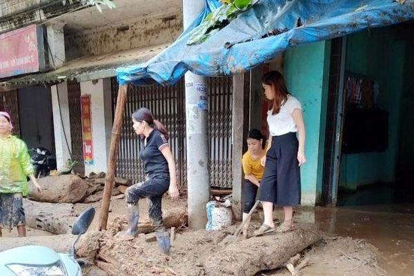 Bắc Bộ mưa lớn, lũ quét và sạt lở đất rình rập khắp nơi