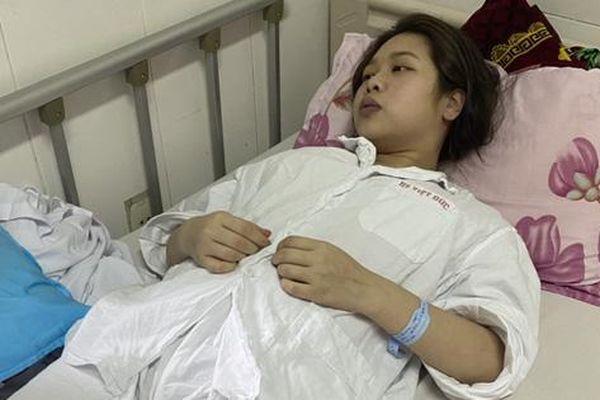 Mồ côi cha, thiếu tình mẹ, nữ sinh mang trong mình bệnh nặng không có tiền điều trị