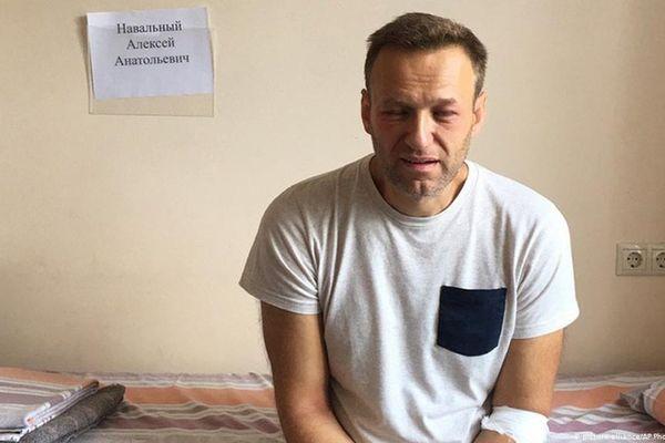Ông Alexei Navalny suy thận nặng sau hai tuần tuyệt thực