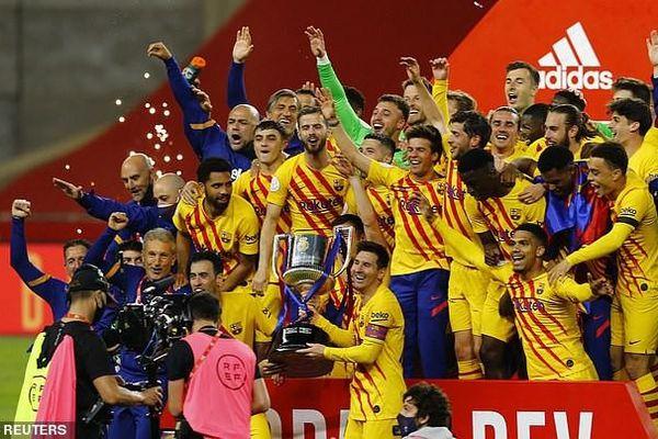 Bùng nổ hiệp hai, Barcelona vô địch cúp nhà vua lần thứ 31