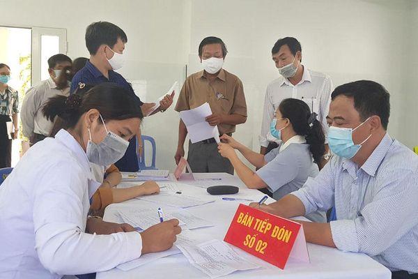 Phú Yên bắt đầu triển khai tiêm chủng vaccine ngừa COVID-19