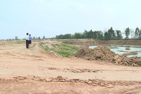 Cần xử lý nghiêm việc khai thác đất trái phép tại Bình Xuyên (Vĩnh Phúc)