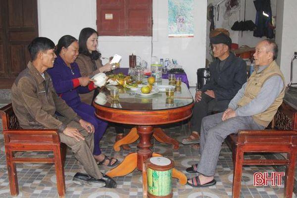 Tình làng, nghĩa xóm - nét đẹp văn hóa của người Hà Tĩnh