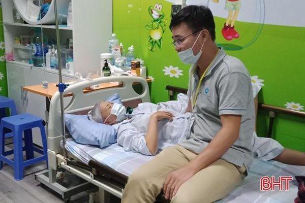 Mã số 2108: Người đàn ông nghèo bất lực nhìn vợ vừa mới sinh con, bị bạo bệnh không tiền cứu chữa
