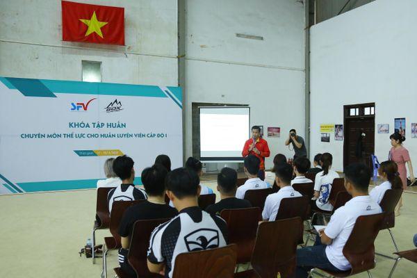 Liên đoàn trượt băng Việt Nam hướng đến chuyên nghiệp hóa HLV, VĐV