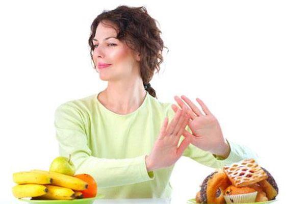 Những thực phẩm cần loại bỏ khỏi khẩu phần ăn để hạn chế ung thư
