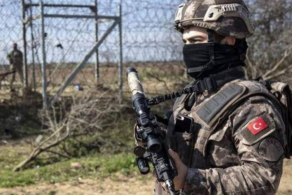 Căng thẳng Nga-Ukraine: Binh sĩ Thổ Nhĩ Kỳ đã xuất hiện ở Donbass