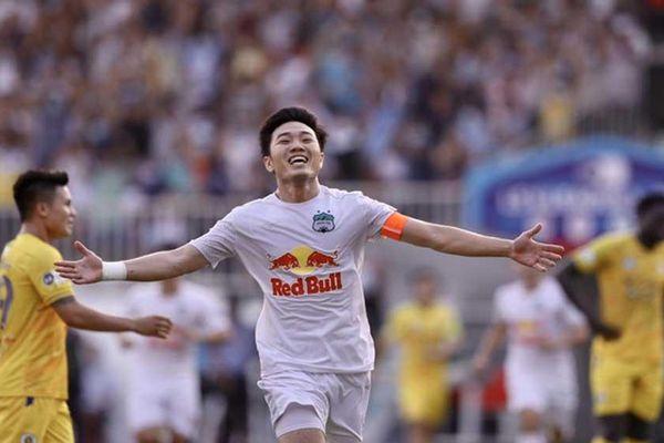 HAGL thắng Hà Nội 1-0 nhờ siêu phẩm sút xa của Xuân Trường