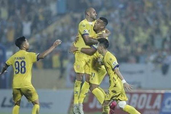 Nam Định giành chiến thắng nghẹt thở trước TP HCM