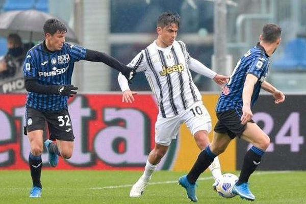 Thiếu CR7, Juventus thất thủ trước Atalanta