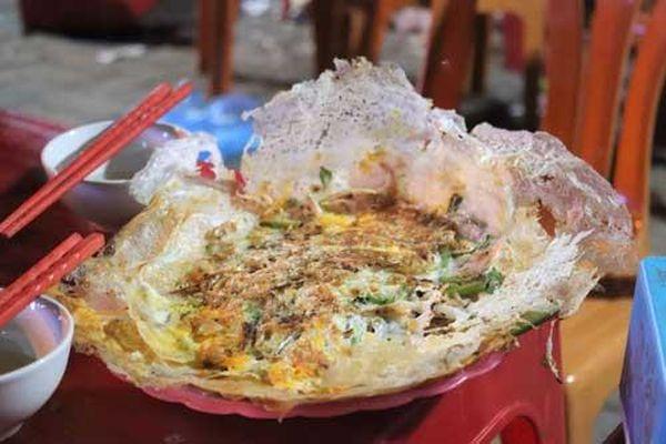Ngon lạ bánh khoái tép xứ Thanh