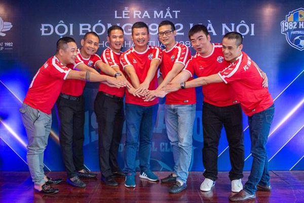 Ra mắt CLB bóng đá Nhâm Tuất 1982 tại Hà Nội