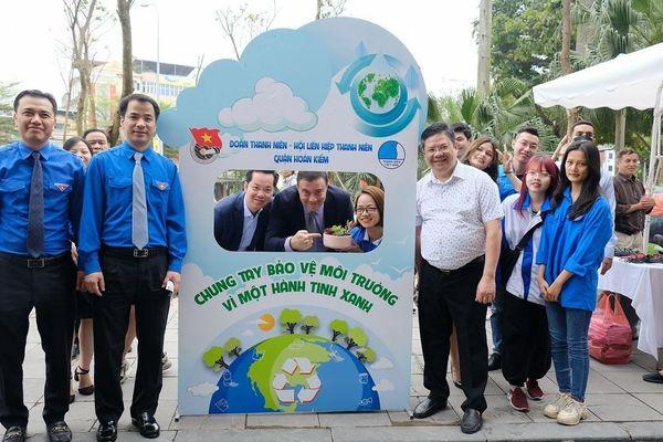 Món quà đặc biệt đại sứ quán Israel tặng người dân Hà Nội