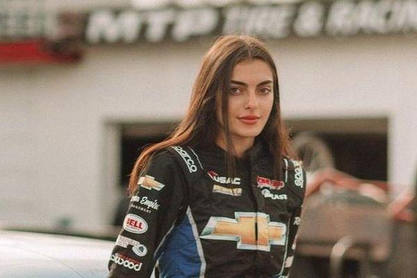 Những nữ tay đua ôtô xinh đẹp, tài năng thuộc Gen Z