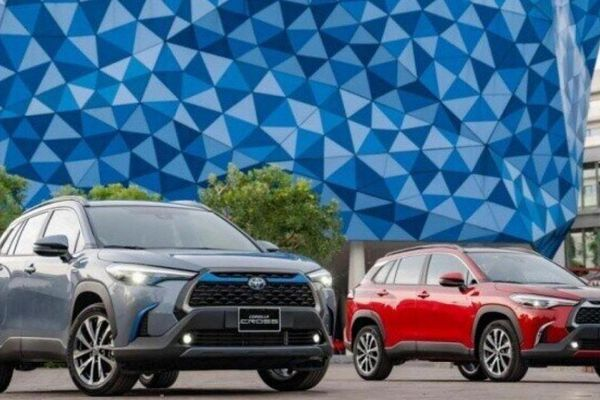 Giá lăn bánh Toyota Corolla Cross: Cao nhất 1 tỷ đồng