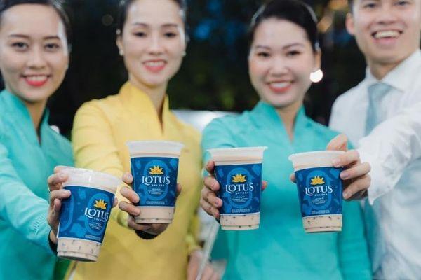 Dân tình xôn xao về trà sữa hàng không ngay tại mặt đất