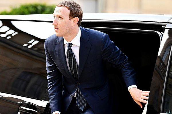 Các CEO giàu có lựa chọn phương tiện gì?