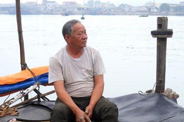 Nỗi buồn nghề biển miền Trung