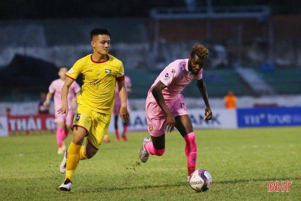 CHÍNH THỨC: Sông Lam Nghệ An tiếp Hà Nội FC trên sân Hà Tĩnh