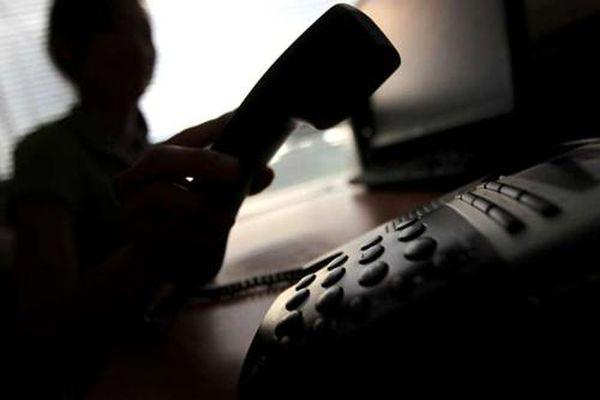 Cụ bà Hong Kong (Trung Quốc) mất 32 triệu USD vì bị lừa đảo qua điện thoại
