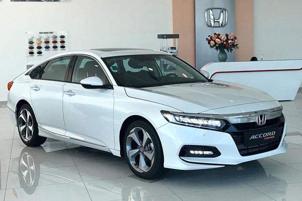 Top 10 ôtô ế khách nhất tại Việt Nam quý I/2021