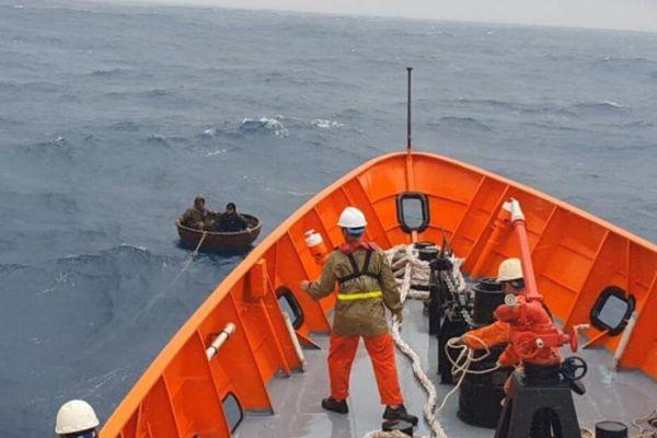 Cứu thành công gần 140 thuyền viên gặp nạn trên biển