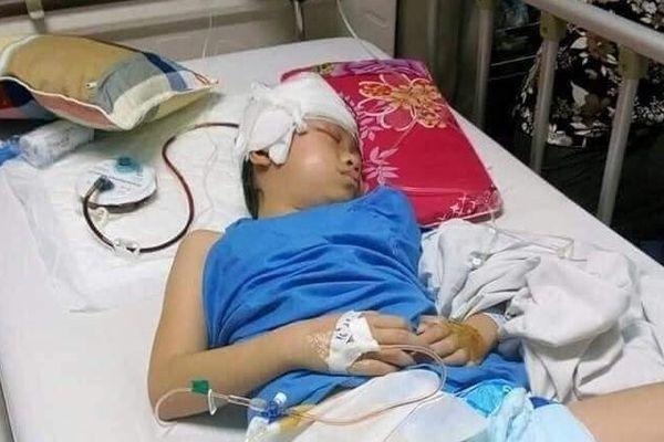 Sự sống mong manh của cô bé 10 tuổi mắc bệnh hiểm nghèo