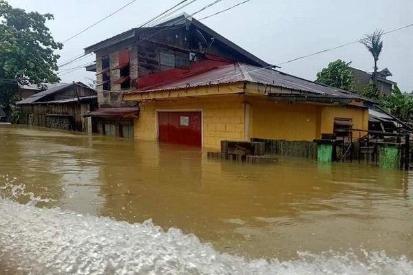 Philippines thiệt hại hơn trăm tỉ đồng do siêu bão Surigae