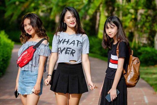 Nhan sắc 3 cô con gái xinh đẹp của ca sĩ Tú Dưa