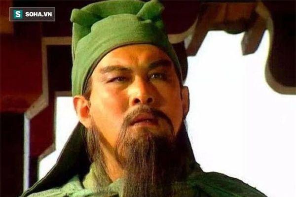 Vì sao Mã Siêu không ra tay cứu giúp Quan Vũ lúc chạy về Mạch Thành?
