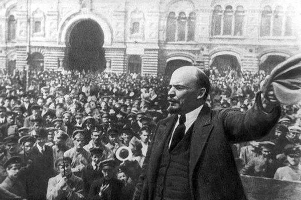 Tư tưởng của Lê-nin soi sáng con đường cách mạng Việt Nam
