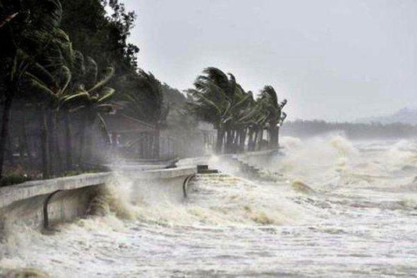 Bão Surigae sẽ không ảnh hưởng đến đất liền Việt Nam