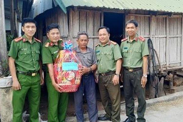 Giữ vững an ninh miền núi Đồng Xuân