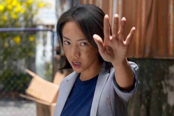 Thu Trang tiếp tục gây tò mò khi xuất hiện với hình ảnh 'chị đại'