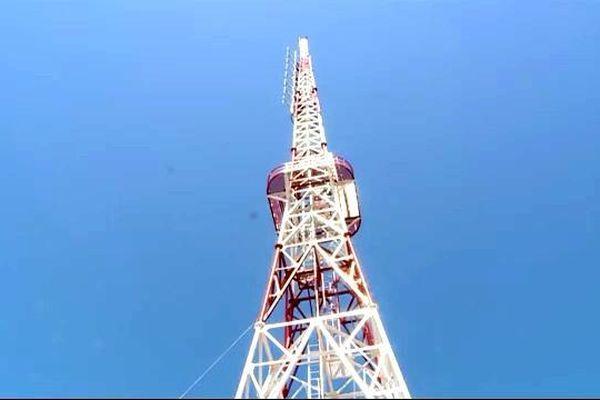 Cận cảnh trạm phát sóng Chiêu Lầu Thi cao nhất cả nước phủ sóng 13.000km2