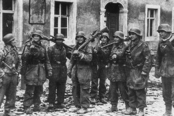 Chỉ huy 'say' vá không kịp sai lầm: Đức Quốc Xã bất ngờ thắng Hồng quân lần cuối ở Thế chiến II