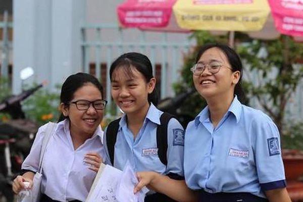 Tuyển sinh lớp 10 TP.HCM: Hơn 31% học sinh sẽ không có chỗ trong các trường công lập