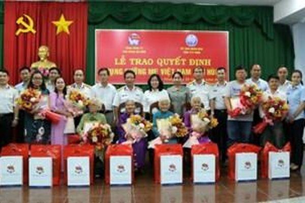 Hoạt động ý nghĩa tri ân Mẹ Việt Nam Anh hùng