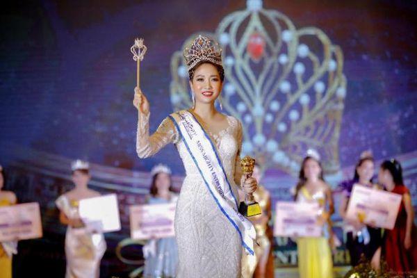 Nguyễn Thanh Giang xuất sắc đăng quang Hoa hậu Doanh nhân Toàn năng châu Á 2021