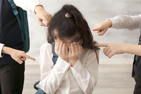 Ngăn chặn bạo lực học đường: Chỉ nói thôi chưa đủ!