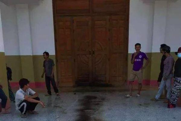 Gia Lai: Thanh niên xông vào giáo xứ đốt nhà thờ, đâm trọng thương linh mục