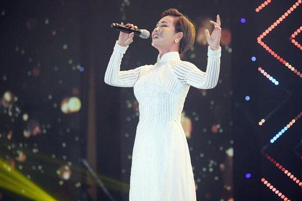 Dàn sao Việt hát mừng Quốc khánh Nam Phi