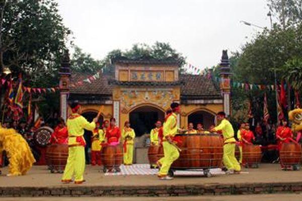 Tục thờ cúng các vị thần thời Hùng Vương ở Yên Bái