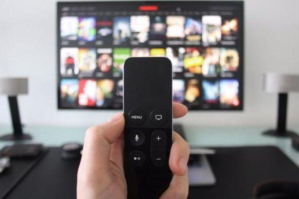 Cần sửa Luật Điện ảnh để quản lý phát hành, phổ biến phim trên Internet