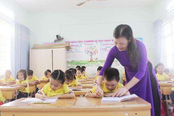 Không thay đổi SGK lớp 1 trong năm học mới