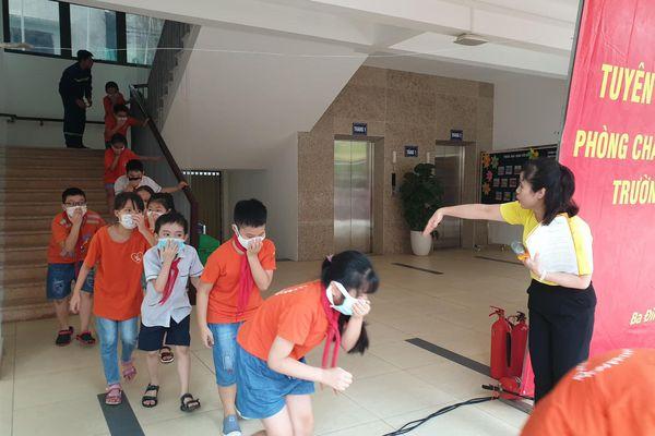 Tuyên truyền về phòng cháy, chữa cháy và trang bị kỹ năng thoát nạn cho học sinh
