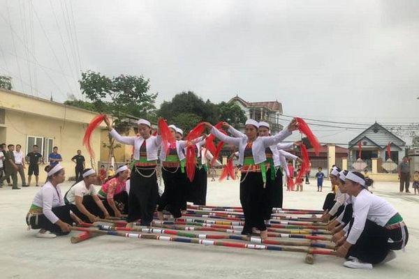 Khai mạc ngày hội của đồng bào dân tộc thiểu số huyện Quốc Oai