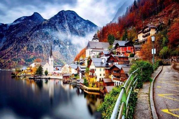 Thăm ngôi làng cổ Hallstatt - Di sản văn hóa 7.000 năm của nước Áo
