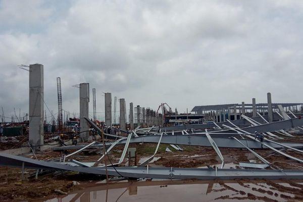 Quảng Ninh: Thêm thông tin về vụ sập khung mái nhà xưởng đang xây dựng